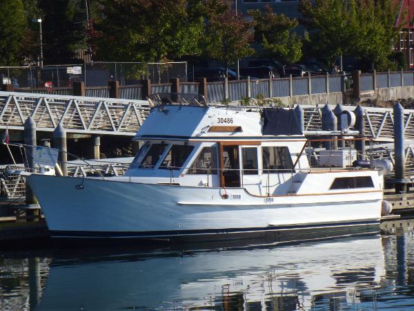 Island Gypsy 36 DC Trawler