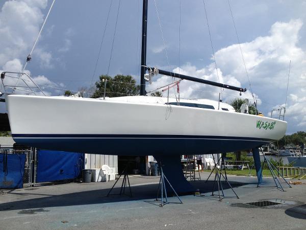 Farr 395 - Carroll Marine Farr 395