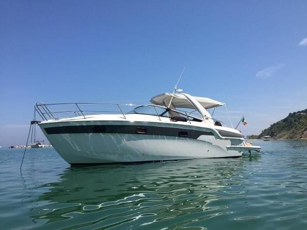 Bavaria Motor Boats 29 sport BAVARIA 29 FOR SALE