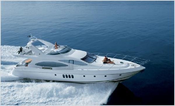 Azimut 68 Plus Cruising