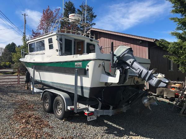 Sea Sport Explorer 2400
