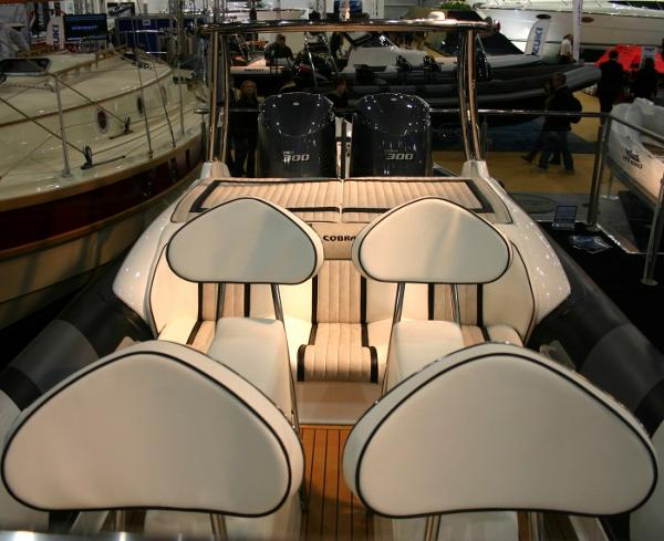 Cobra Ribs Nautique 9.0m Seating