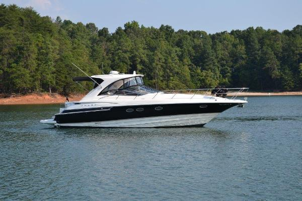 Regal 4460 Commodore Starboard profile