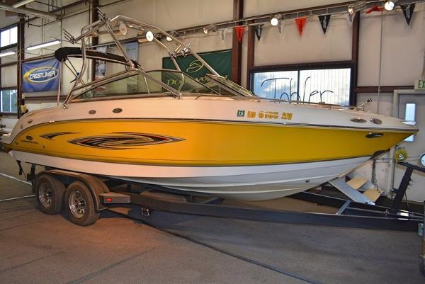 Chaparral 236 SSi