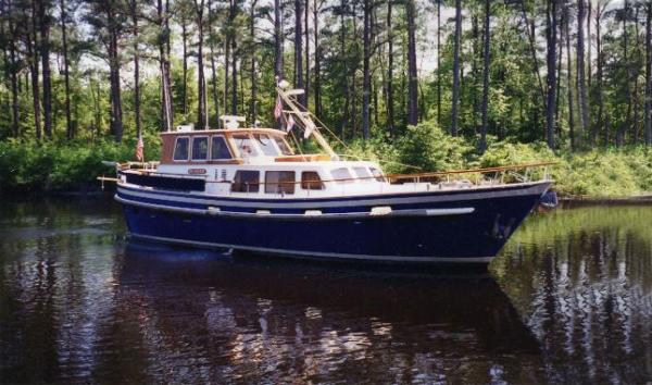 Custom De Viking Pilothouse Trawler