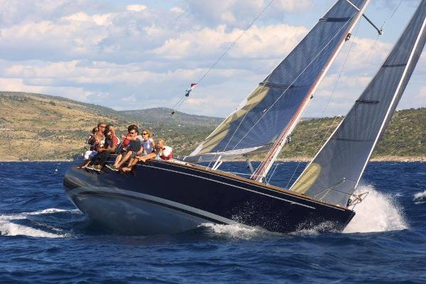 Salona 37 race