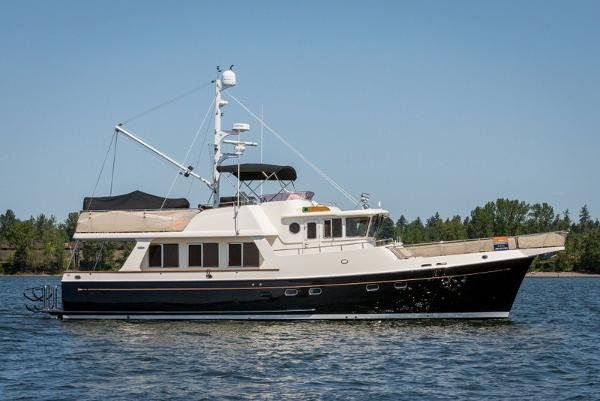 Selene 53 Ocean Trawler Starboard side