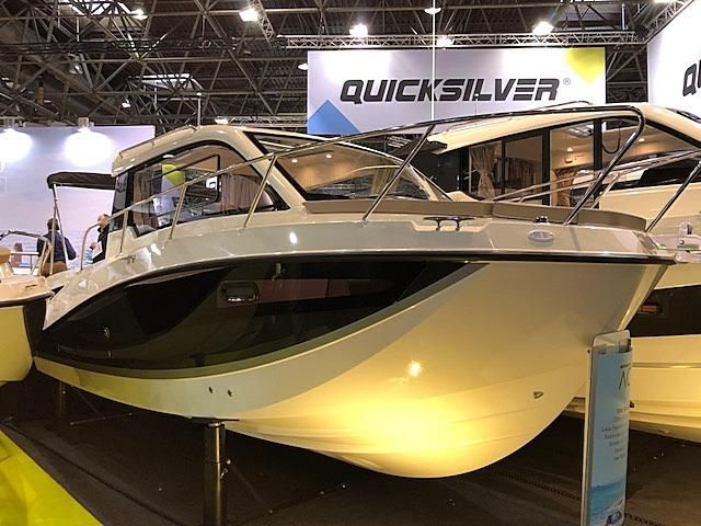 Quicksilver Activ 755 Weekend Messeboot