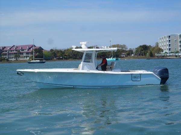 Sea Hunt Gamefish 30 PORT UNDERWAY