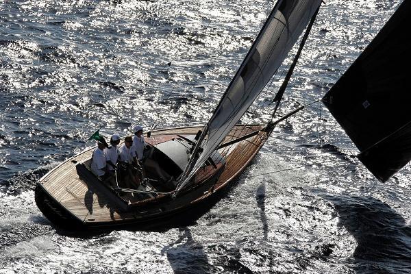 Latitude 46 Tofinou 9.5 Sailing