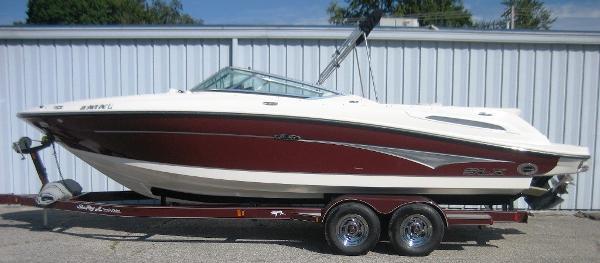 Sea Ray 250 SLX (Select Executive) BR
