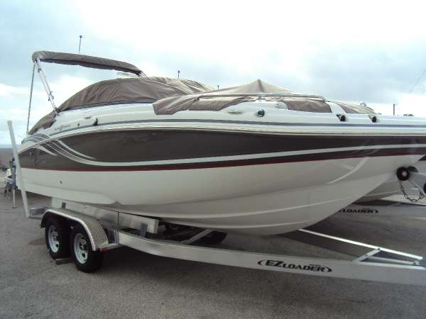 HURRICANE BOATS SD 2200 OB