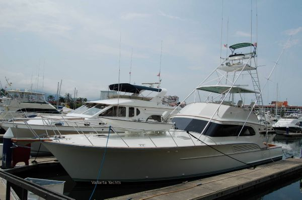 Buddy Davis 61 Sportfisher Dockside