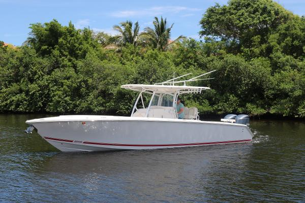 Jupiter 34FS with Yamaha Warranty Vacant Sea