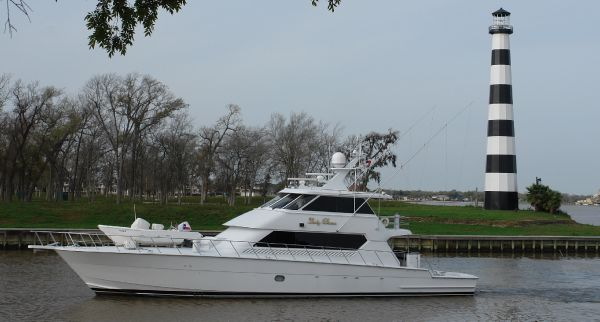 Hatteras 86 Convertible Enclosed Bridge LADY   DIANA