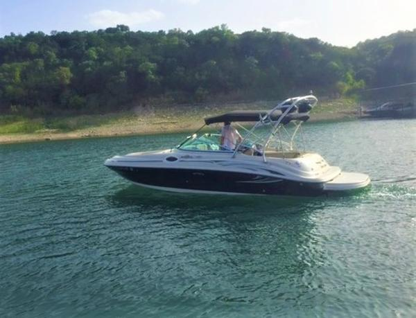 Sea Ray 240 Sundeck The 2006 Sea Ray 240 Sundeck!