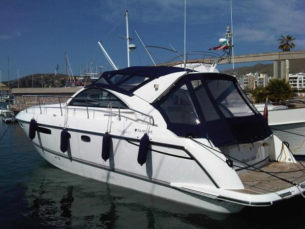 Fairline Targa 44 Exterior Profile