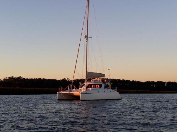 Charter Cats SA WildCat 350