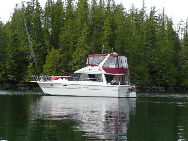 President 37 FAST Trawler-Sedan