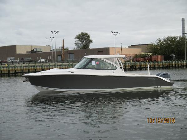 Pursuit DC 325 Dual Console