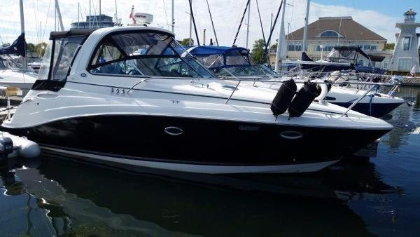 Rinker 330 Express Cruiser
