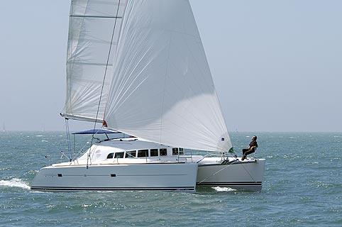 Lagoon 410-S2 Manufacturer Provided Image: Cruising