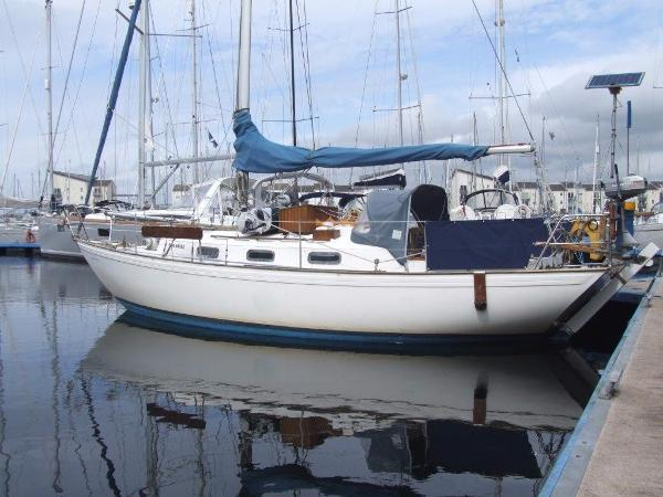 Twister 28 Afloat