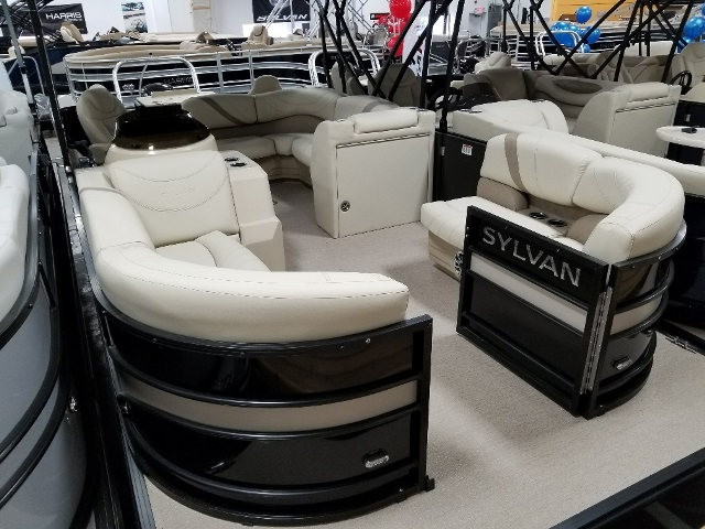 Sylvan 8522 Cruise-n-Fish LE