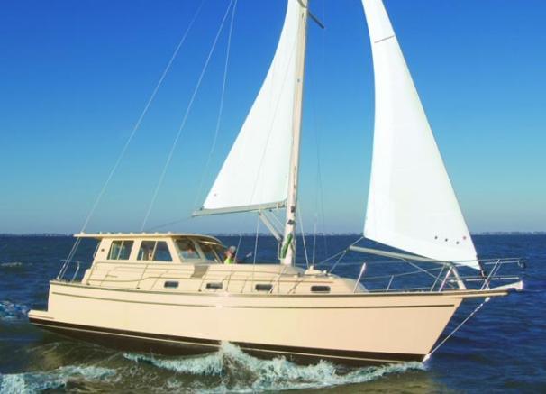 Island Packet SP Cruiser Manufacturer Provided Image