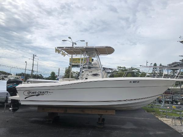 Sport-Craft 230 CENTER CONSOLE OFFSHORE
