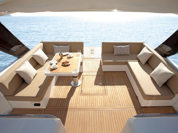 Sealine SC42 Manufacturer Provided Image: Sealine International SC42 Convertible Outside Option 2