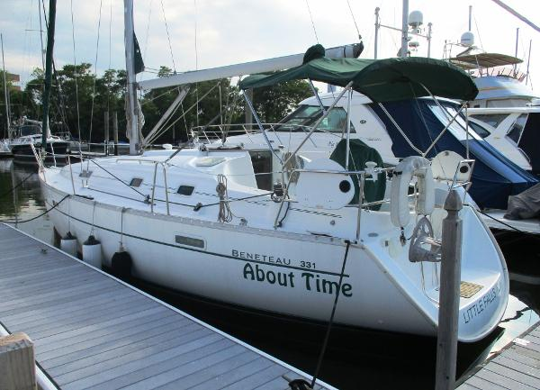 Beneteau 331 ABOUT TIME