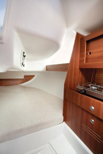 Delphia 26 Cabin