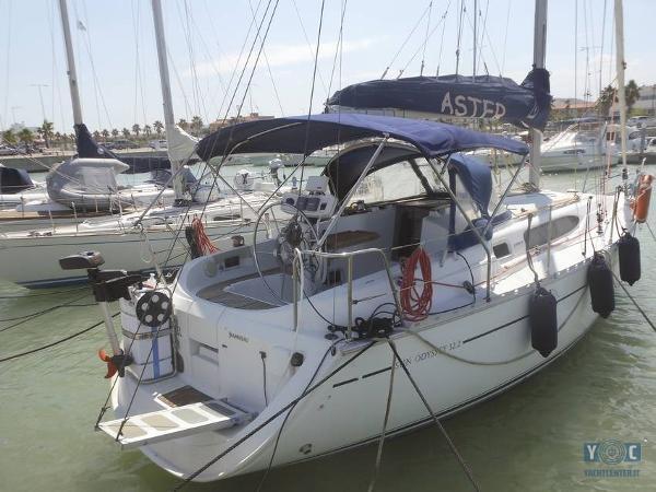 Jeanneau Sun Odyssey 32.2 barca.