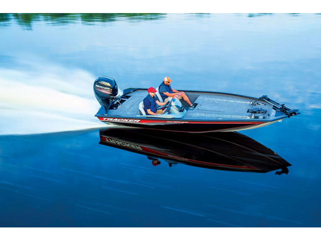 TRACKER BOATS Bass and Panfish Mod V Boat Pro Team ...