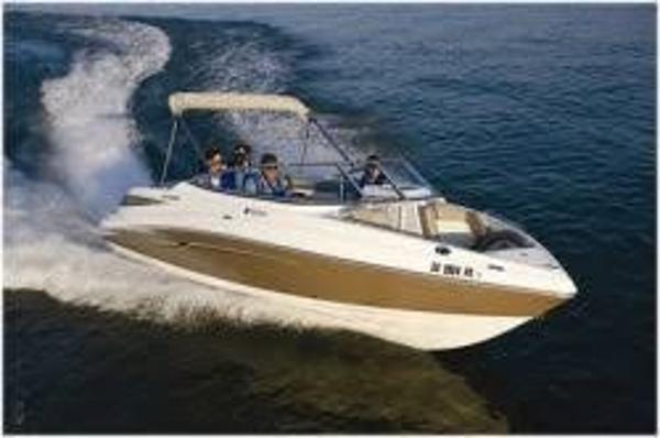 Yamaha Sport Boat SX 232