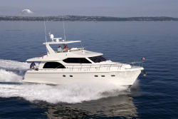 Hampton 580 Pilothouse Photo 1