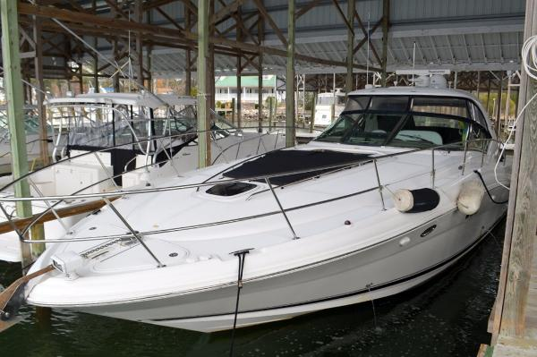 Sea Ray 440 Sundancer