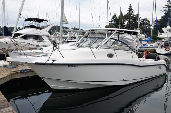 Boston Whaler 285 Conquest Port Profile