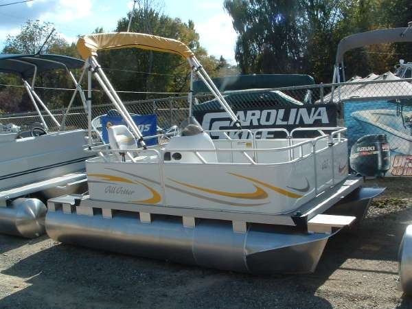 Pontoon Boat For Sale: Pontoon Boat For Sale Craigslist