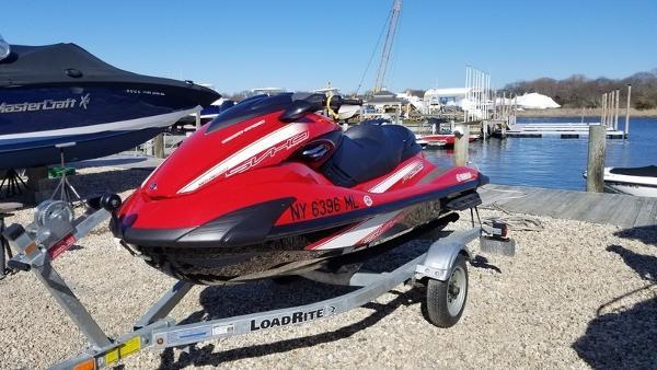 Yamaha WaveRunner FZR®