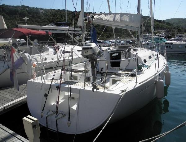Beneteau First 36.7 (Regatta Version)