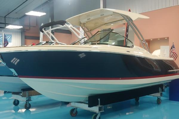 Chris-Craft Calypso 24