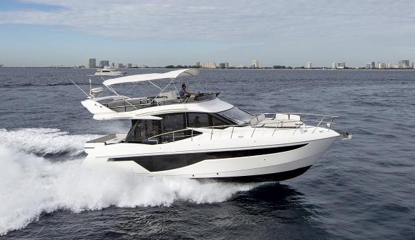 Galeon 460 Fly