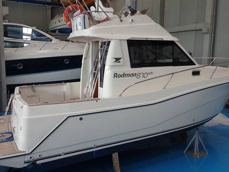 Rodman Polyships Rodman 870 Fisher & Cruiser Fly