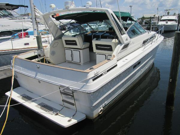 Sea Ray 340 Express Cruiser Sea Ray 340 Express Cruiser
