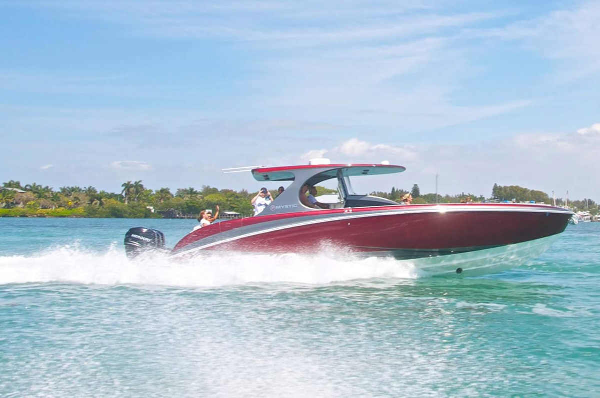 Mystic Powerboats M4200 used-M4200-2016b.jpg
