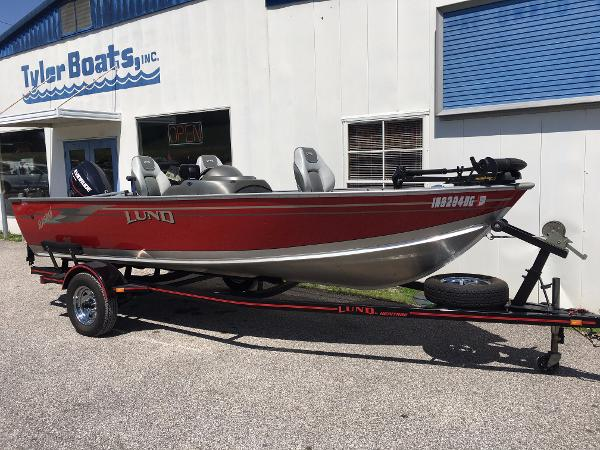 Used lund boats for sale in indiana for Used lund fishing boats for sale