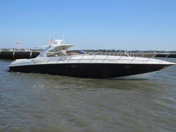 Fountain Express Cruiser Profile