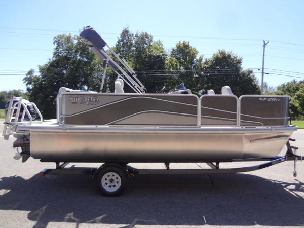 SunCatcher V20 Fish & Cruise